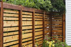 горизонтальный деревянный забор