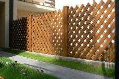 деревянное ограждение сетка