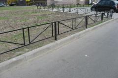 Забор для газона