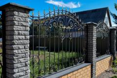 Комбинированный забор из металла