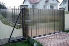 забор и откатные ворота из поликарбоната