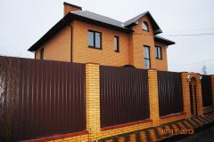 забор из профнастила для дачи
