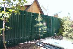 зелёный профлист забор для дачи