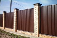 Забор из профнастила комбинированный