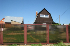 Сплошной забор для дачи