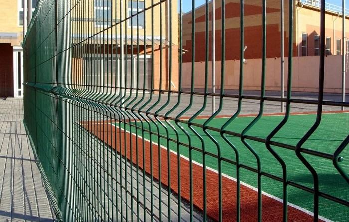 3д забор для спортивной площадки